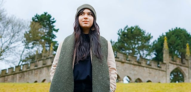 انواع شال و روسری از لحاظ جنس کدامها هستند؟